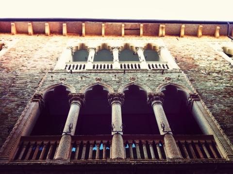 Palazzo in contrà Porti, a Vicenza